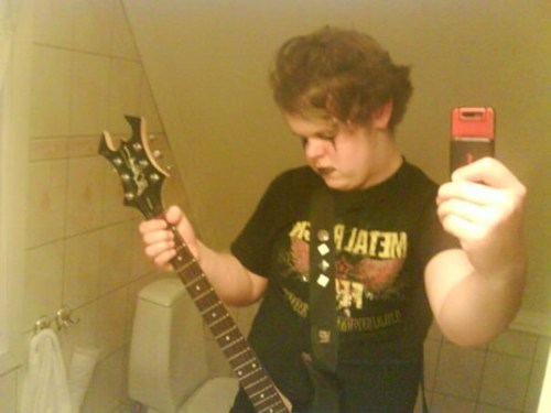 guitars black metal selfie - 6940423168