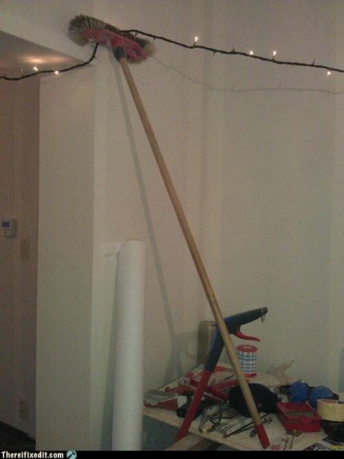broom christmas lights christmas support - 6951141888