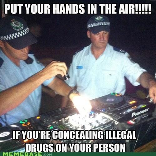 cops Music Party rave - 6955775488