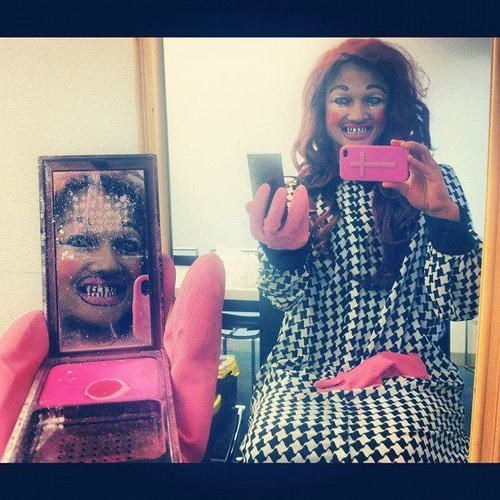 creepy makeup problems selfie - 6980850944