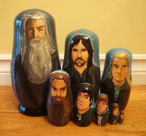 Matryoshka Lord of the Rings characters russian nesting dolls