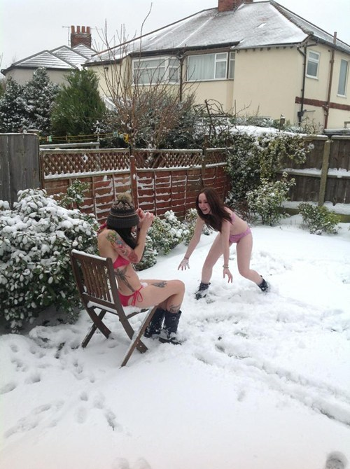 snow,bikinis,snowball fight