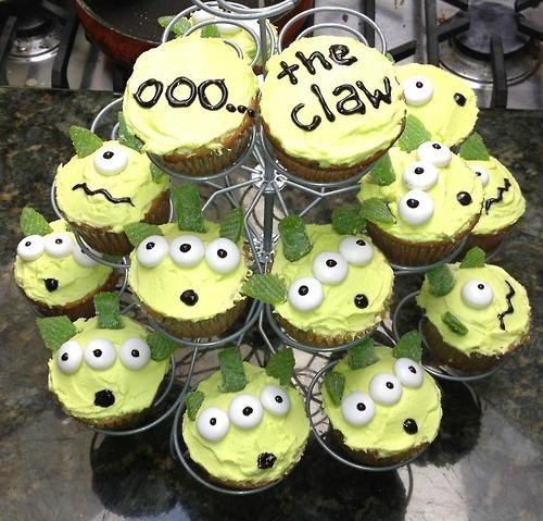 disney,toy story,pixar,cupcakes,noms