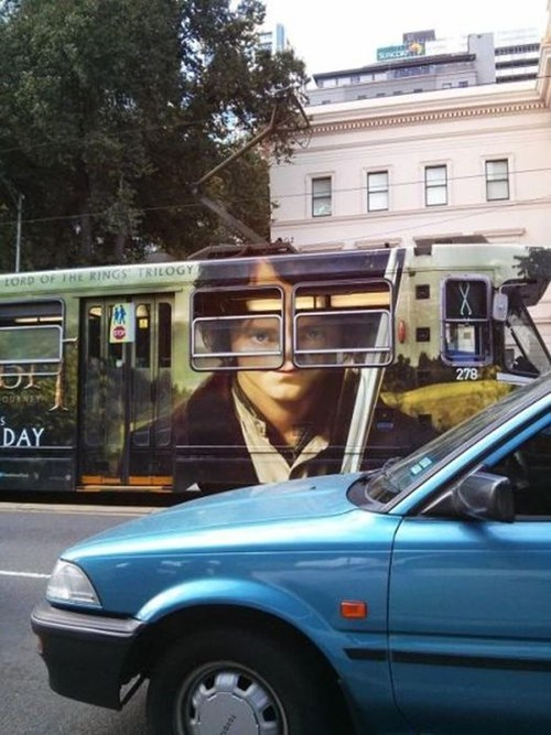 Lord of the Rings bus derp - 6992314880