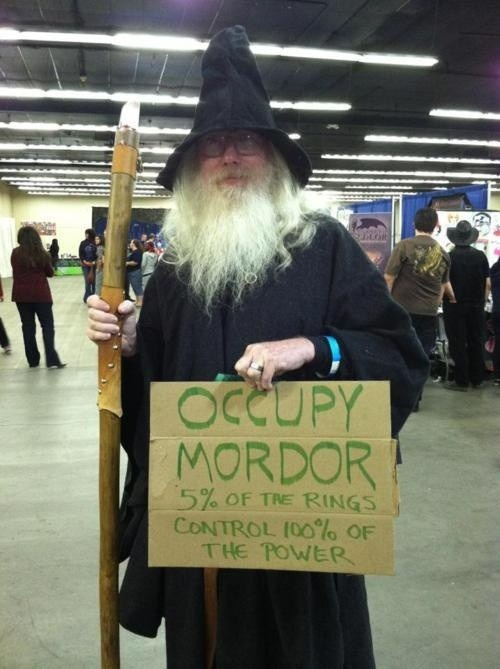 mordor Occupy Wall Street cosplay Lord of the Rings - 6997295616