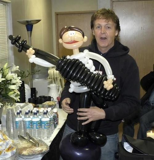 bass guitar Balloons paul mccartney