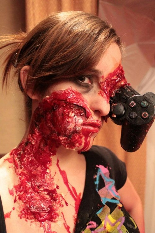 playstation makeup gamers violent - 7014099456