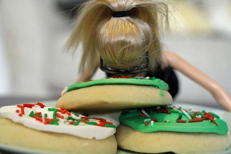 christmas list Barbie holidays - 701445