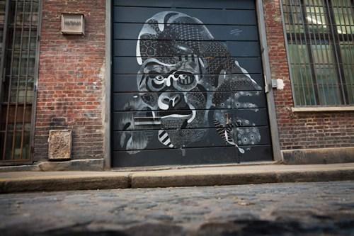 Street Art hacked irl chalk gorilla - 7017392128
