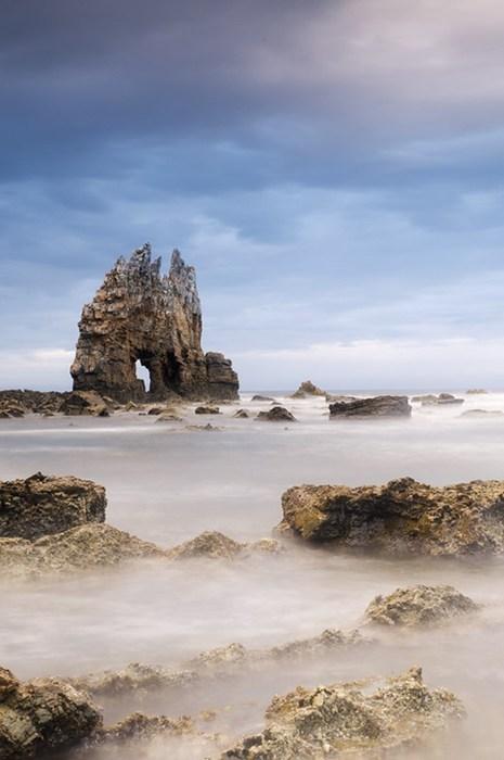 beach crag foggy landscape mysterious - 7017402624