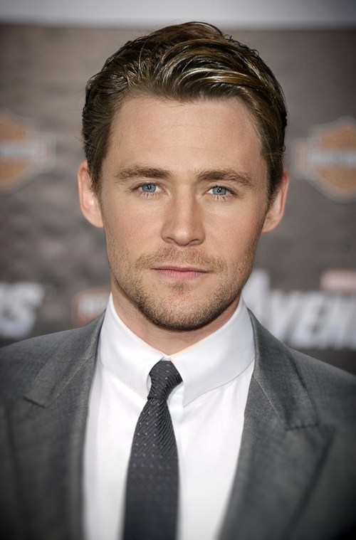 shoop tom hiddleston actor chris hemsworth funny - 7020396544