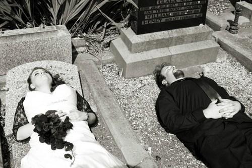 goth cemetary gravestones nap Death - 7023889408