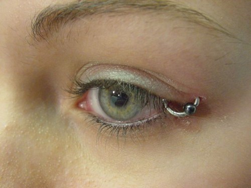 eyelids ouch piercings - 7026438144