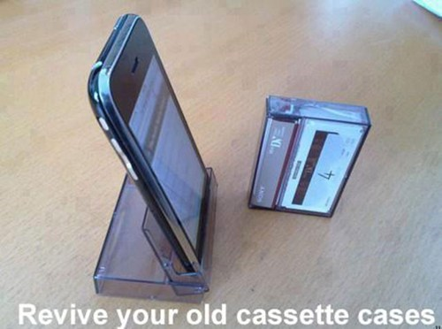 ipod,cassette tape,iphone