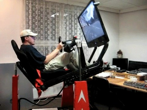 Cool His Gaming Chair Is Better Than Yours Video Games Video Ibusinesslaw Wood Chair Design Ideas Ibusinesslaworg