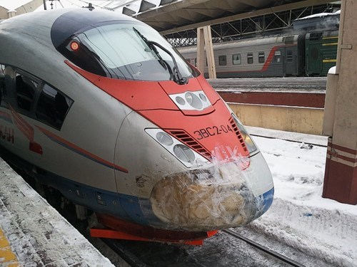 "230 kp/h russian speed train ""Sapsan"""