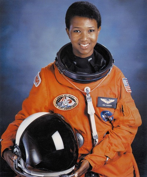 dr-mae-jemison awesome astronaut - 7042345984