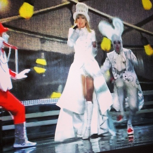 alice in wonderland performance Grammys taylor swift - 7053767424