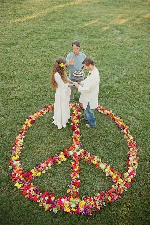 grass lawn peace sign hippies park shoeless - 7054504960