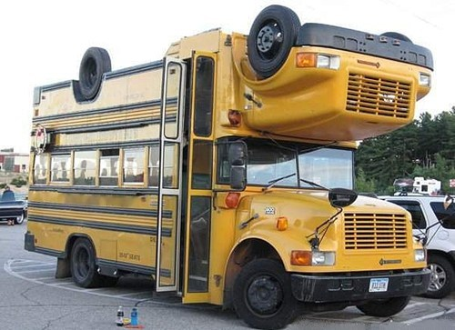 school bus,double-decker bus,bus