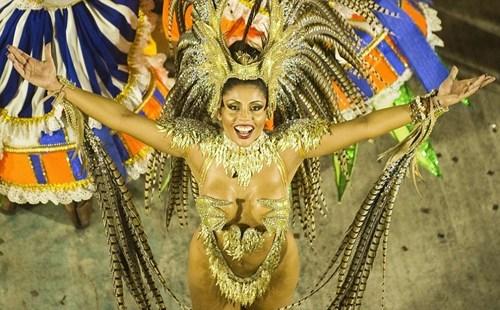 fashion Mardi Gras feathers rio de janeiro style Carnival samba dance if style could kill - 7056175360