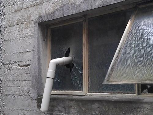 pvc pipe broken window - 7060158720