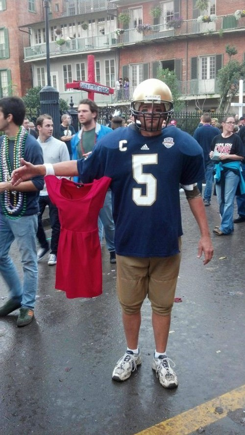 manti te'o costume football poorly dressed g rated - 7064285952