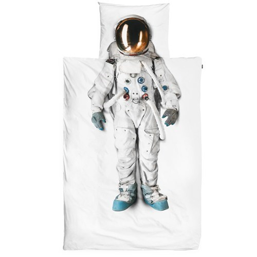 bedding,sheets,astronaut