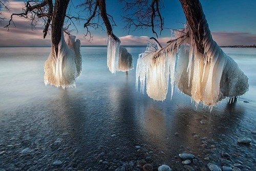 winter,frozen,lake