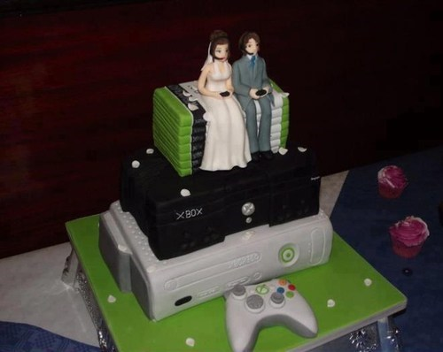 gamers stare xbox video games - 7092087808