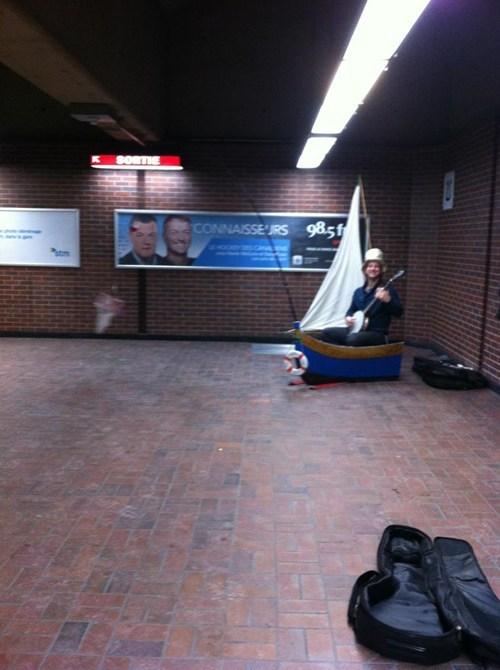 banjo boat bus - 7093383936