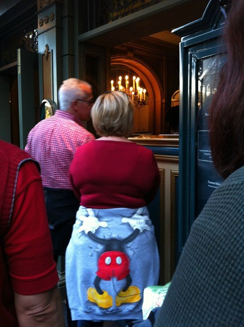 that looks naughty mickey mouse IRL - 7093702912