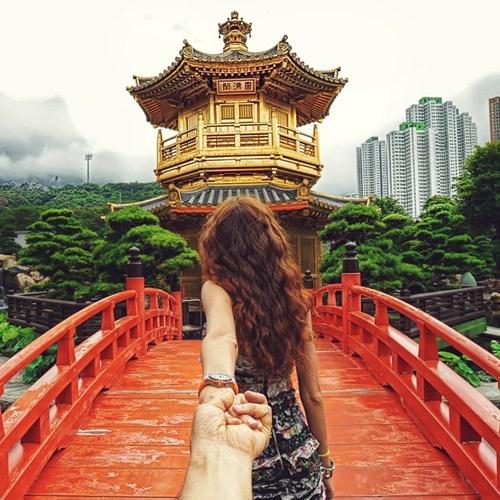 cute girlfriend Travel - 7102000128