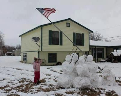 random act of kindness,veterans,snowman