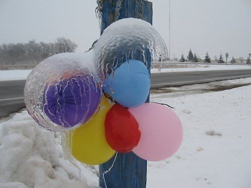 Balloons,science,frozen