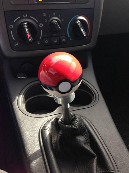 IRL gearshift cars pokeball - 7119102464