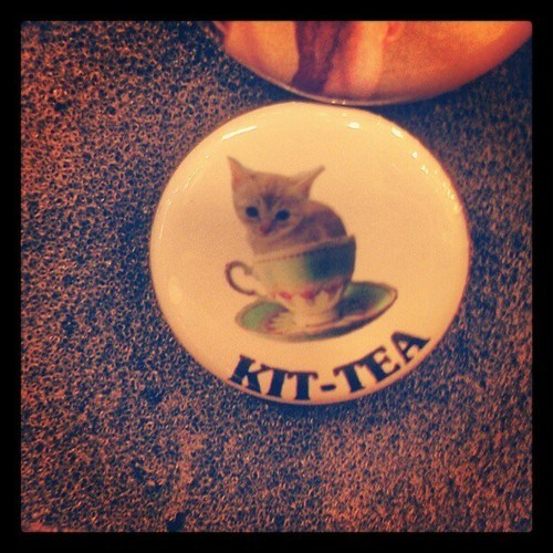 pin tea kitty - 7119268608