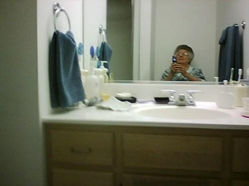 selfie grandma self poortraits - 7121485312