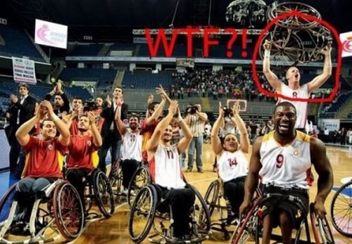 photobomb wtf wheelchairs - 7121726464