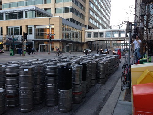kegs St Patrick's Day preparing - 7133004032