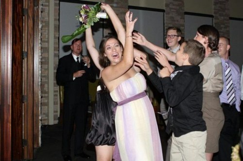 bridesmaids,bouquets,toss,derp
