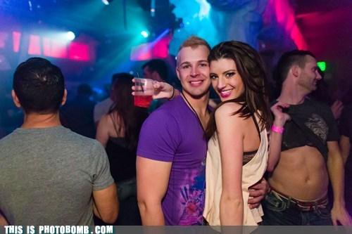 shirtless clubs - 7147513344