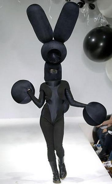 bunny ears wtf runway fashion - 7147797504