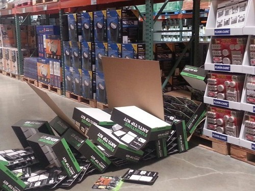 warehouses tipping shelves - 7153142272