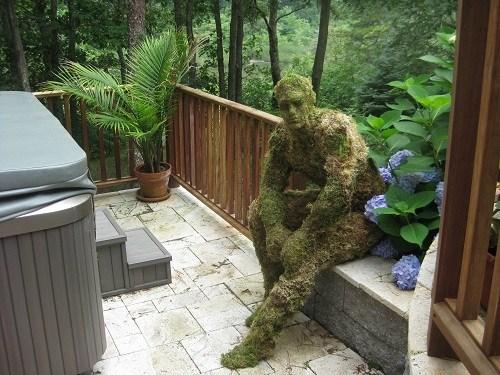 wtf moss statue - 7155892480