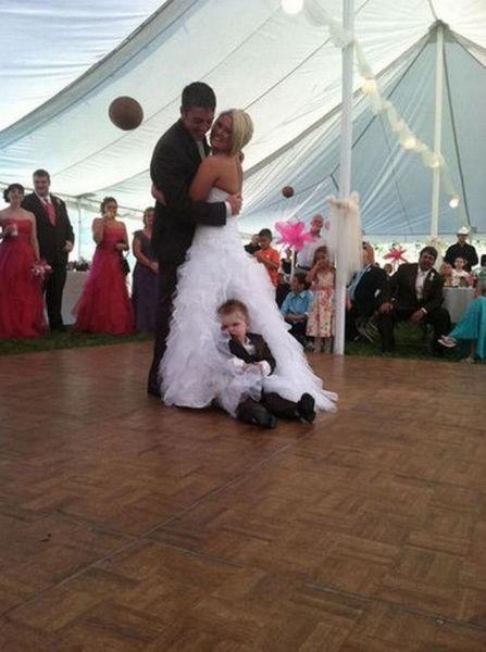 dancing kids - 7158543104