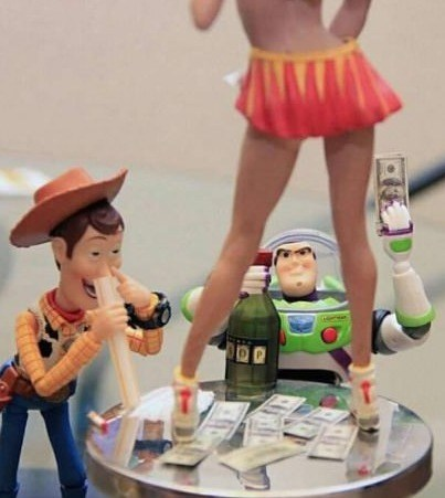 buzz,woody,toy story,out of control