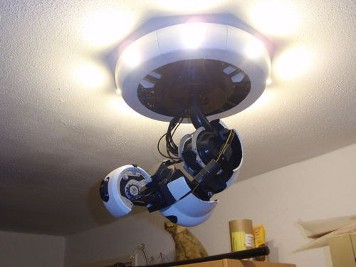 DIY GLaDOS Lamp? Yes Please!