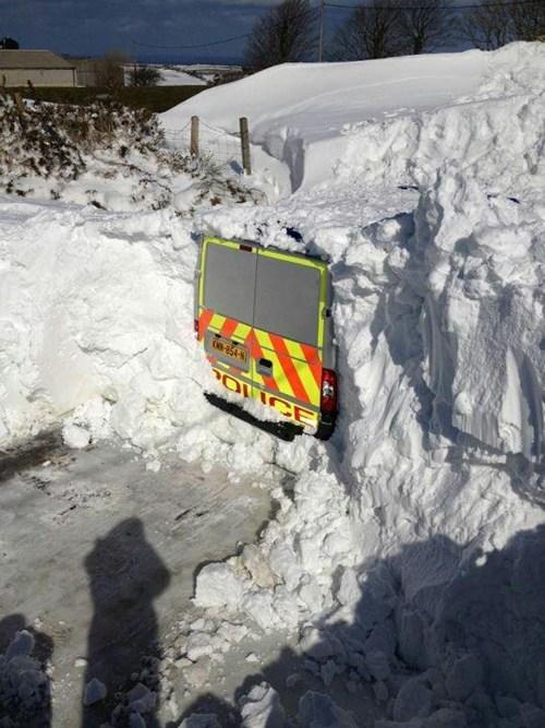 blizzard,snow,police van,police
