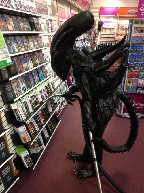 Aliens,wtf,jobs,puns,xenomorphs